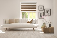 Roller blind in PVC cassette with guide Day-Night Exclusive Piernikowy Drewnopodobny BH1503