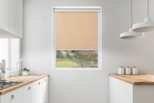 Roller blind in PVC cassette with a guide sepia 532