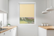 Roller blind in PVC cassette with a guide karpatka 512