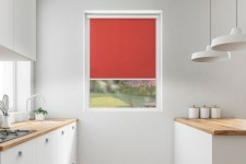 Roller blind in PVC cassette with a guide burgund 503