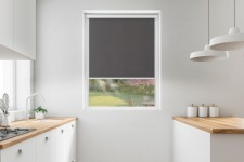 Roller blind in PVC cassette with a guide grafit 537