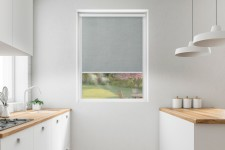 Roller blind in PVC cassette with a guide melange szary 732