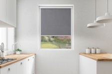 Blackout roller blind in PVC cassette with a guide stalowy 061